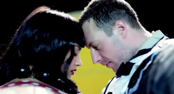 """Para Coldplay """"tudo é possível"""" em novo clipe"""