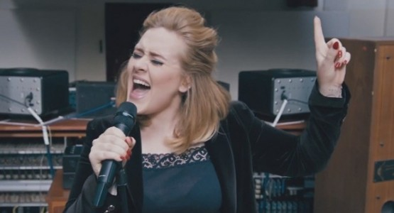 """Adele divulga mais uma música; veja clipe de """"When We Were Young"""""""