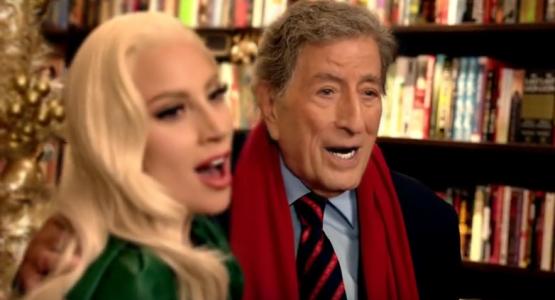 """No clima do Natal, Lady Gaga e Tony Bennett cantam """"Baby It's Cold Outside"""""""
