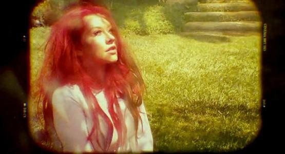 Christina Aguilera lança single em homenagem às vítimas de Orlando